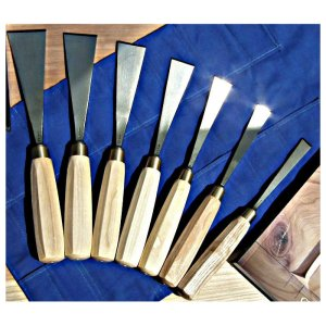 Auriou Chris Pye Letter Carving Tools