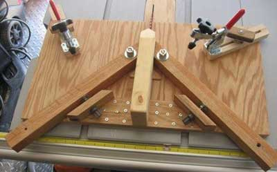 45 Degree Adjustable Miter Jig