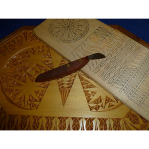 Introduction to Chip Carving with Mickey Hudspeth 992538