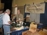 Highland Woodworking Attends Woodturning Symposium