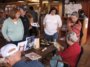Atlanta Woodcarvers Club members demonstrate spooncarving