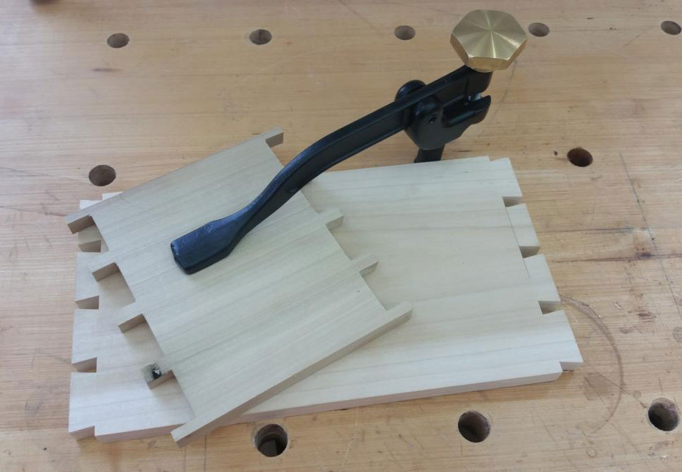 24 Simple Bench Hold Downs Woodworking | egorlin.com