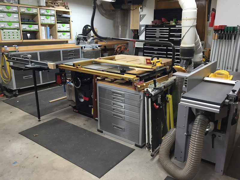 Woodworking workshop steve lyde for Garage with shop