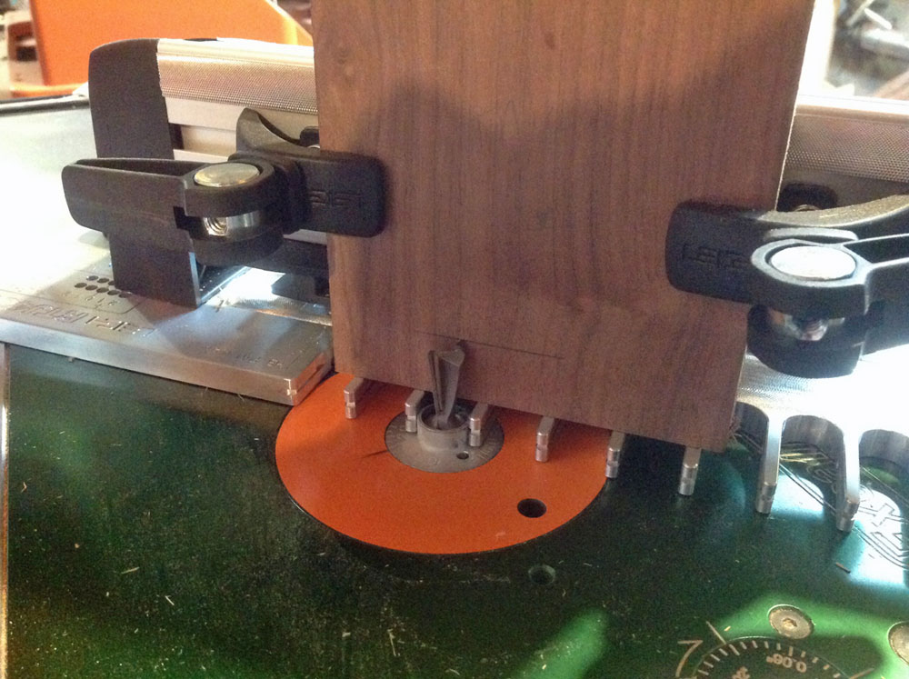 Leigh router table jig tool review for Router table guide