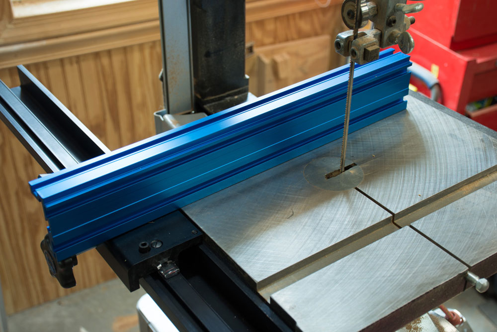 Tool review kreg precision bandsaw fence again the instructions are very clear on how to do this while zeroing it to the bandsaw blade greentooth Gallery