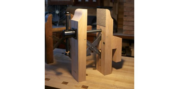 Benchcrafted Hi Vise Hardware - Tail Vise Mount